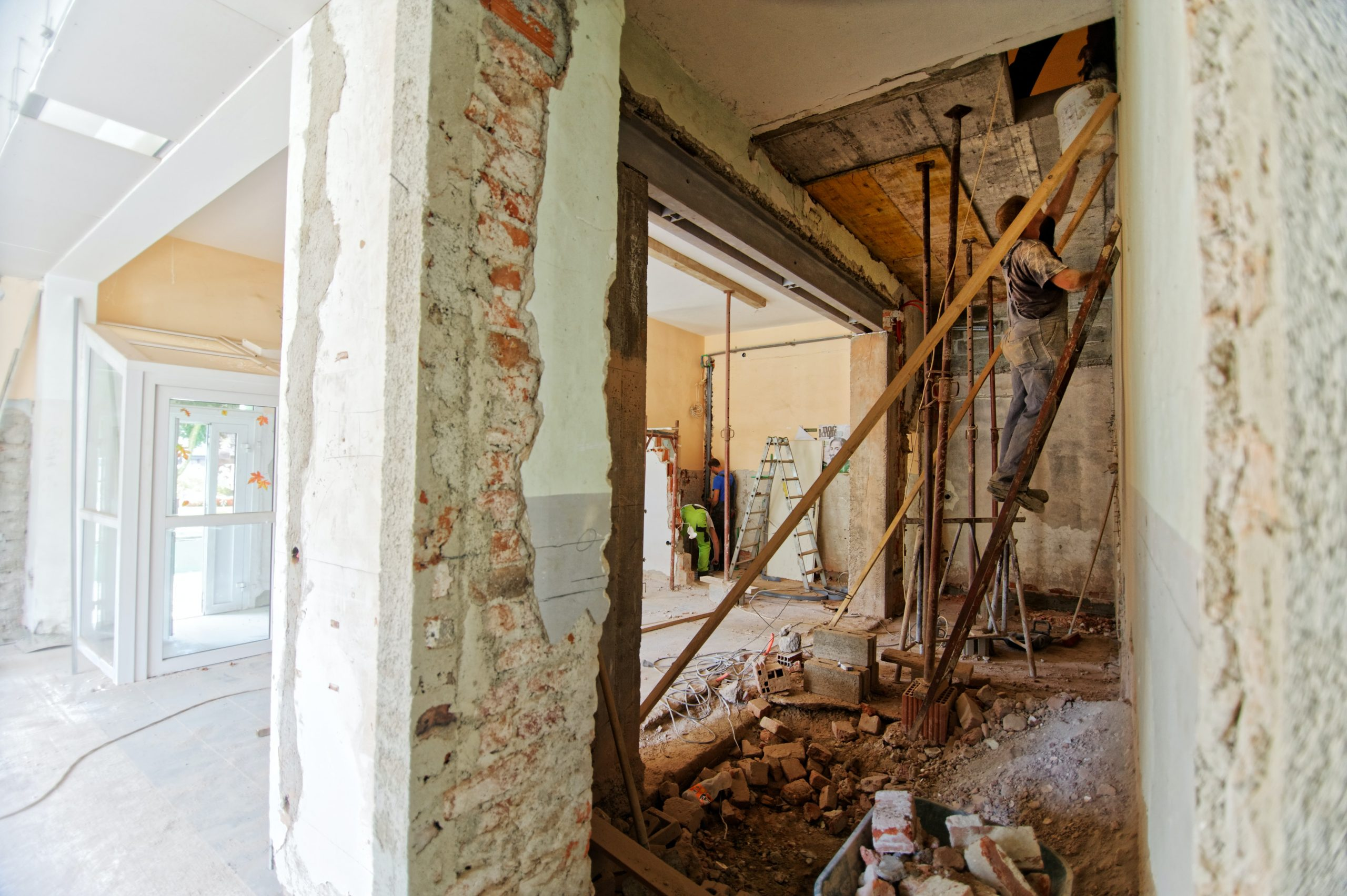 What You Need To Know About Asbestos In The Home